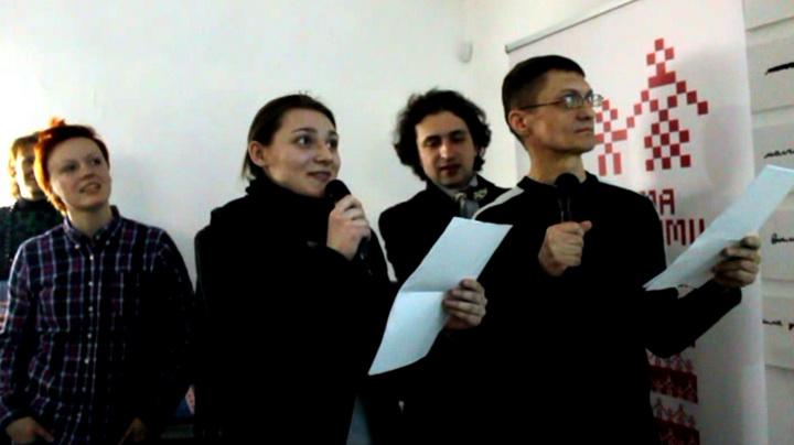 ВІДЭА Студэнты дублююць фільмы разам з Ганнай Хітрык і Уладзімірам Глотавым