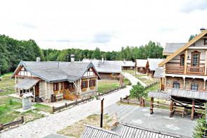 Тур у «Наносы-Наваселле» — этнакультурны комплекс на беразе возера Нарач