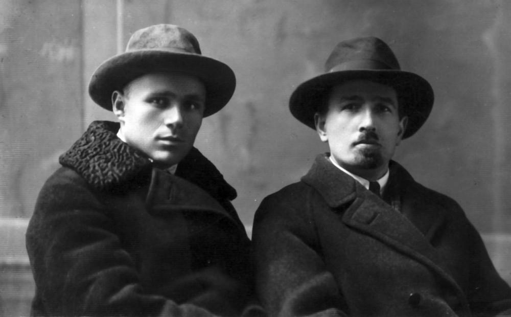 Гаўрыла Гарэцкі і Сцяпан Некрашэвіч. Менск, лістапад 1926 г.